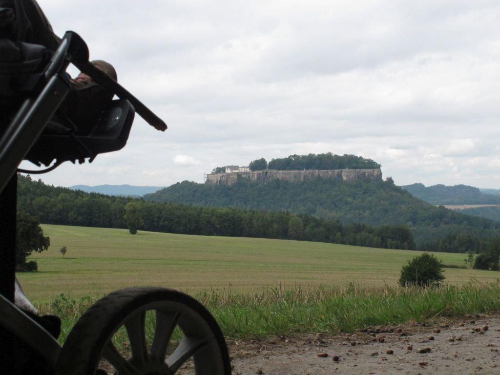 ferienwohnung-dresden-kinderwagen-sächsische-schweiz-03